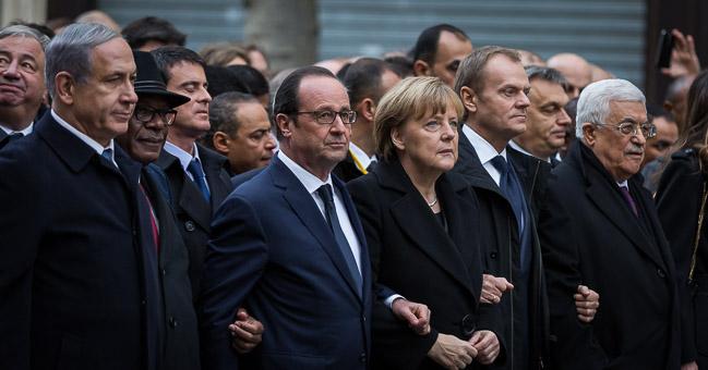 Staatschefs demonstrieren in Paris nach dem Terrorangriff auf Charlie Hebdo